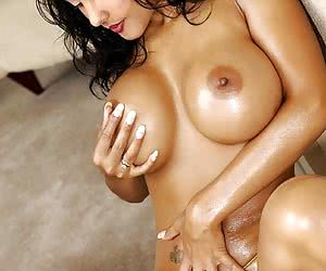 Category: nina mercedez