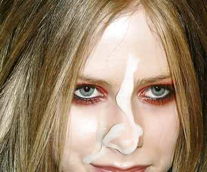Related gallery: avril-lavigne (click to enlarge)
