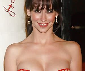 Jennifer Love Hewitt