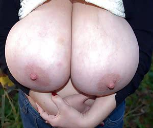 Related gallery: udders-hangers-saggers (click to enlarge)